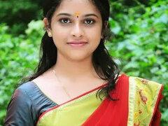 Priya khana
